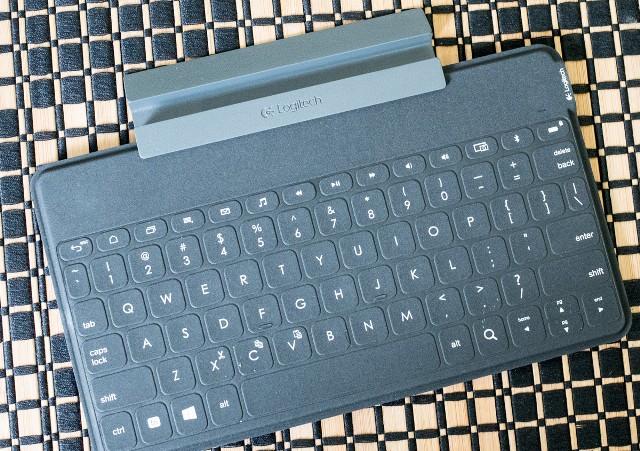 logitech-ultraportable-keyboard-1