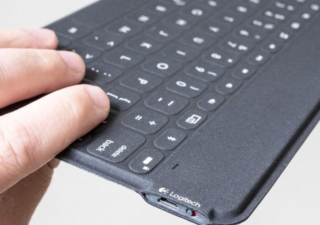 logitech-ultraportable-keyboard